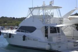 HATTERAS 50  2004  length 15.49  price 520,000 €